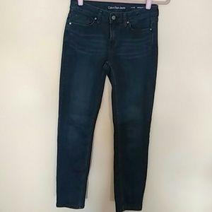 Woman's Blue Jeans | 4x30 | Calvin Klein